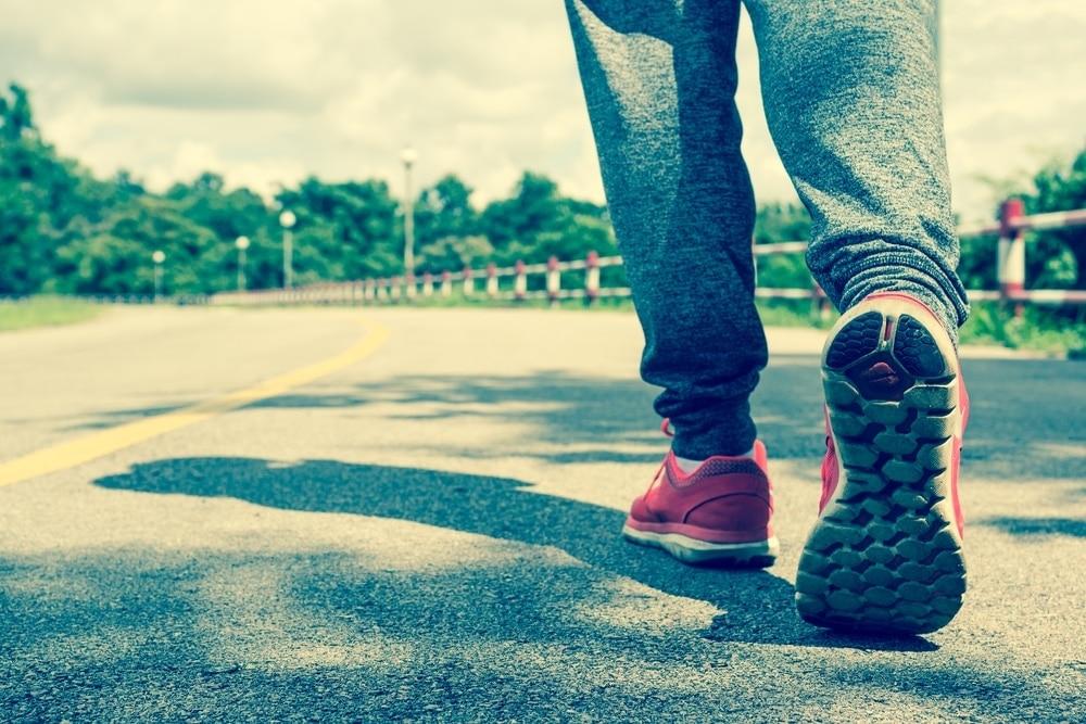 ventajas de caminar una hora diaria