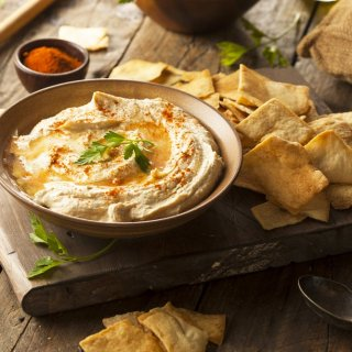 Qué es el Hummus y con qué prepararlo