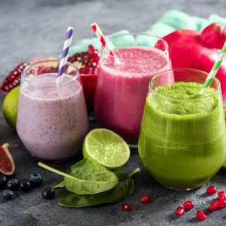 5 smoothies ideales para complementar tu día a día