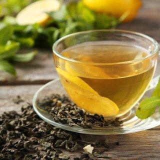 La mejor mascarilla de té verde para combatir los puntos negros