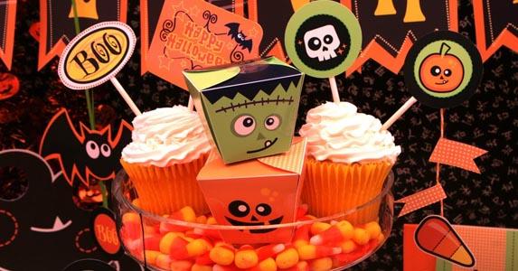 c33d26aa3540 Organizar una fiesta de Halloween es algo más que organizar una simple  fiesta de disfraces. Si quiere ser fiel a una fiesta tradicional de  Halloween deberás ...