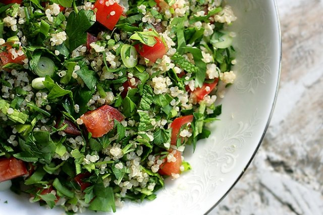 Tabule Lebanese style (Salad with Couscous)