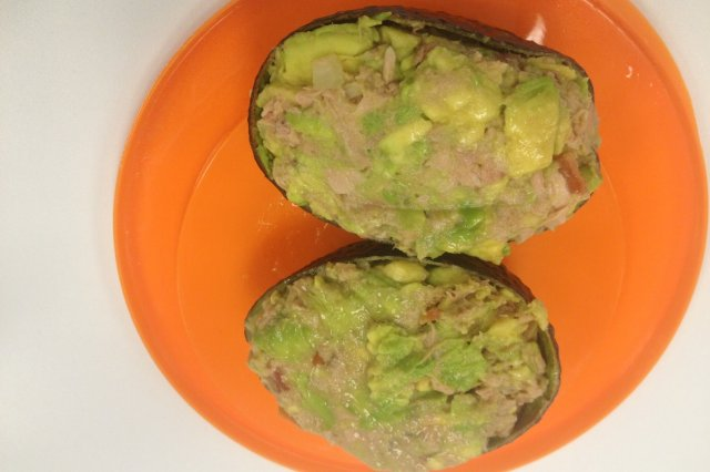 Tuna Lanchitas with Avocado