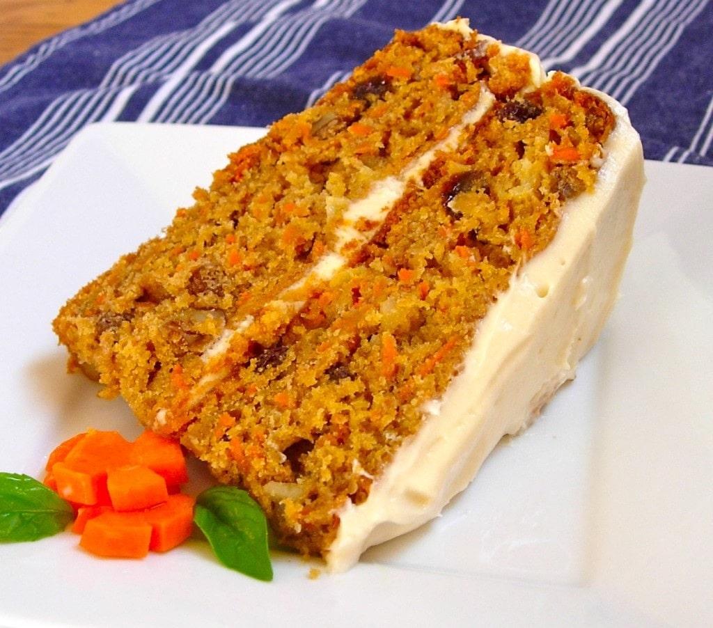 Delicious Carrot Cake 2 o 3 nueces peladas y picadas en trozos grandes. delicious carrot cake