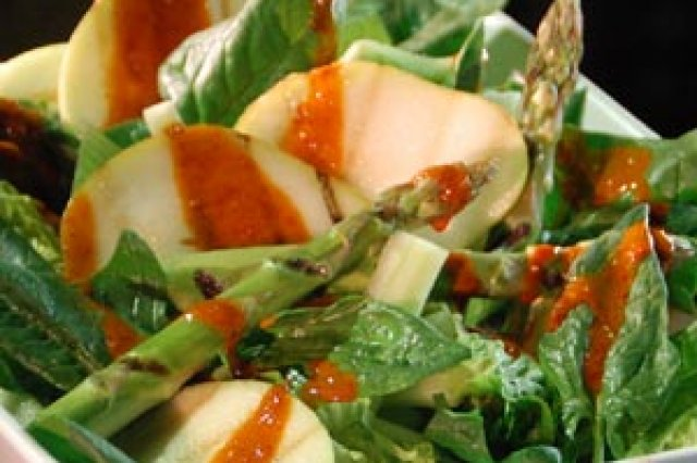 Grilled Apple and Pear Salad
