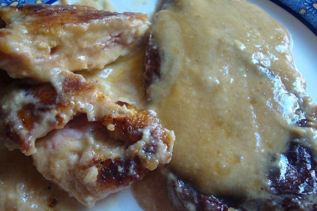 Chicken Breast with Chile Ventilla