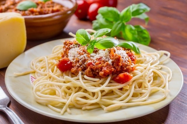 Pasta with ground beef
