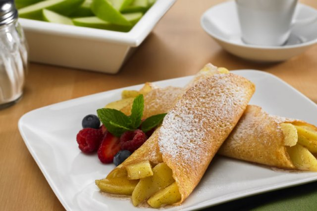 Crepes with Apples