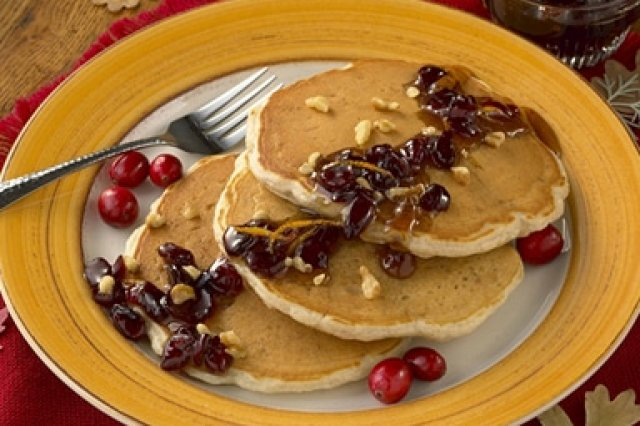 Walnut Hot Cakes with Cranberry Sauce