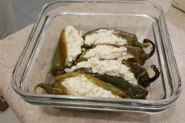 Chilies Capons