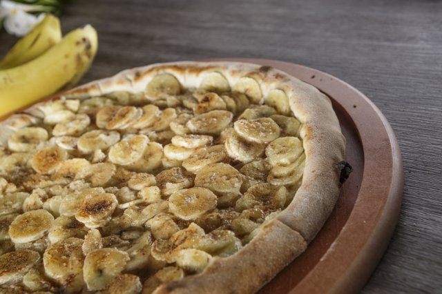 Pizza de Chocolate con Plátano