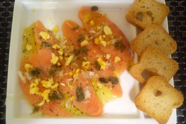 Carpaccio of Salmon with Capers