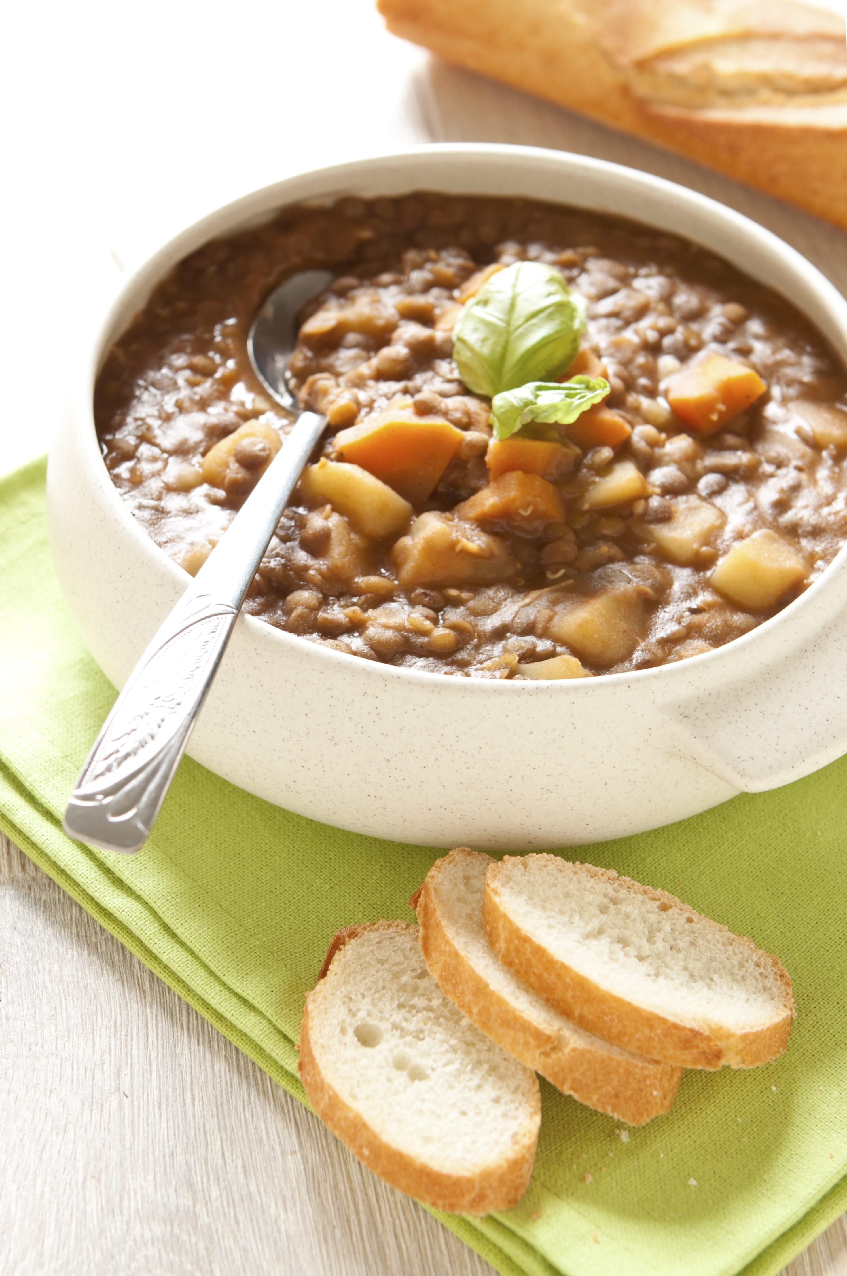 Sopa De Lentejas Con Tocino