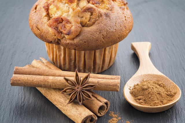 Cinnamon and Apple Muffins