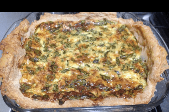 Spinach and Cream Cheese Quiche