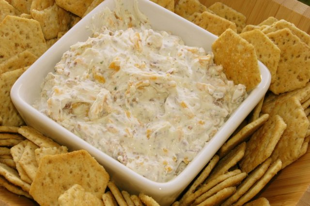 Cheddar and Bacon Cheese Dip