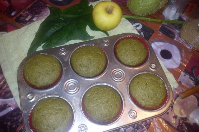 Spinach Apple Muffin for Children