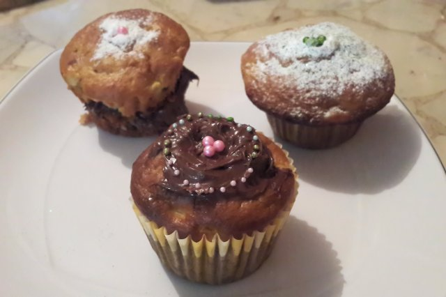 Cuchi Cuchi Apple Muffins