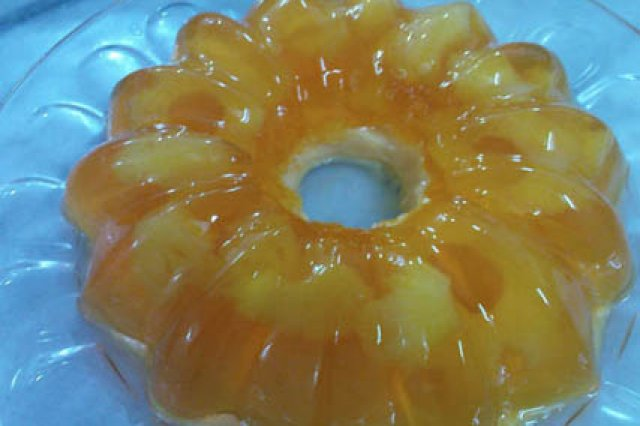 Jelly of pineapple