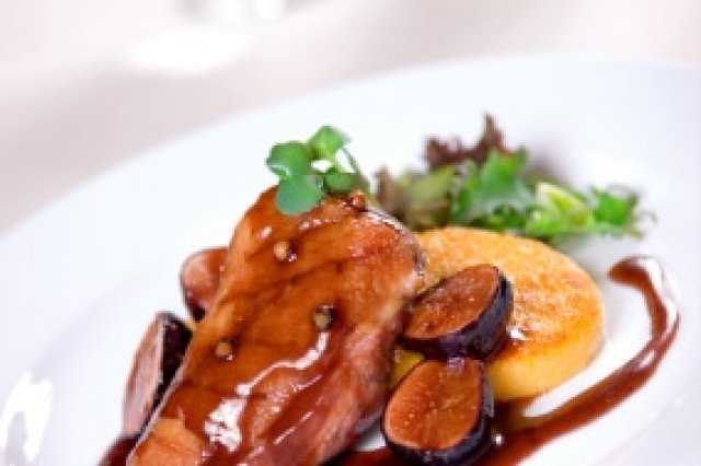 Stewed Duck with Figs and Sherry