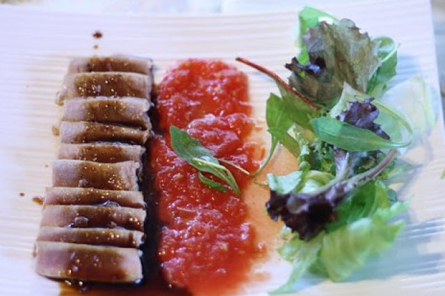 Tuna with soy reduction