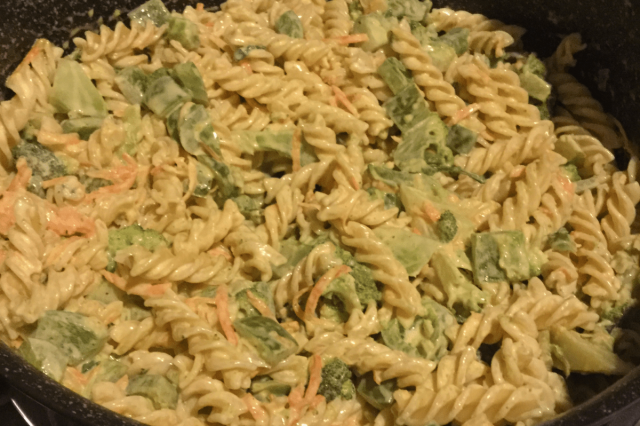Fusilli Primavera in Cream Sauce with Broken Chili