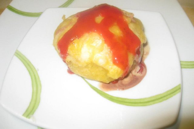 Ice cold tempura with strawberry sauce