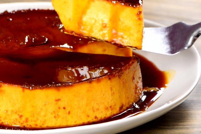 Traditional Neapolitan Flan