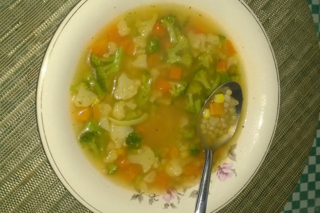 Elbow soup with vegetables