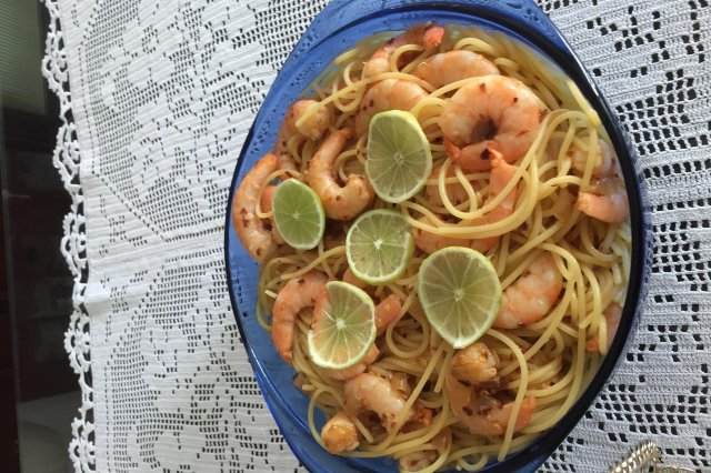 Pasta with Shrimp in Spicy Lemon Sauce