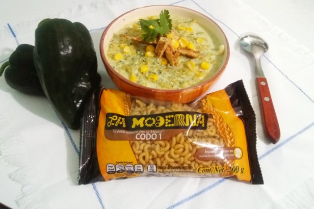 Soup of Elbow to Poblano with Chicken