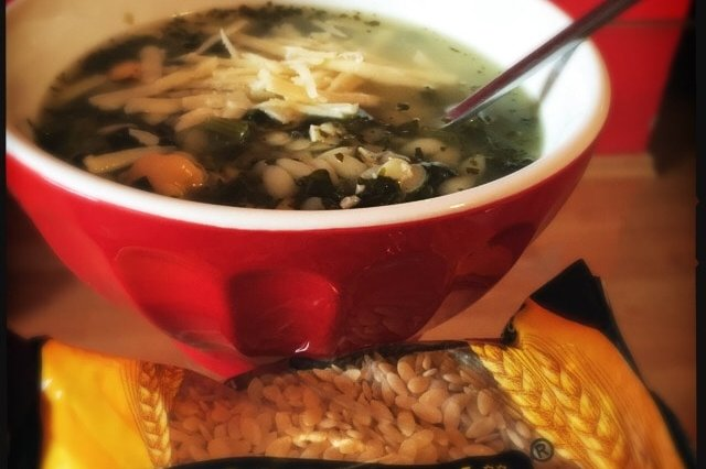 Spinach and chickpea soup