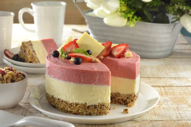 Strawberry Mousse with White Chocolate
