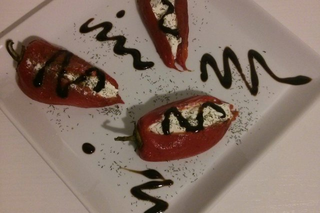 Piquillo peppers stuffed with goat cheese