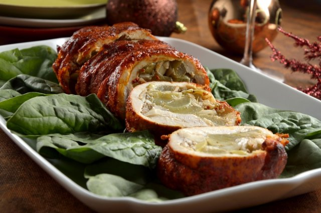 Turkey breast stuffed with grapes