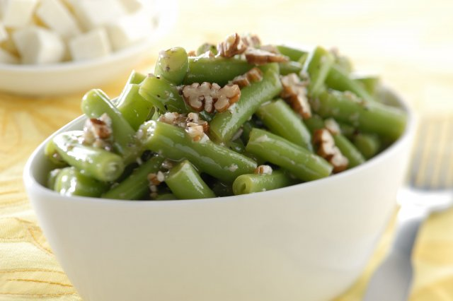 Salad of Green Beans and Nut