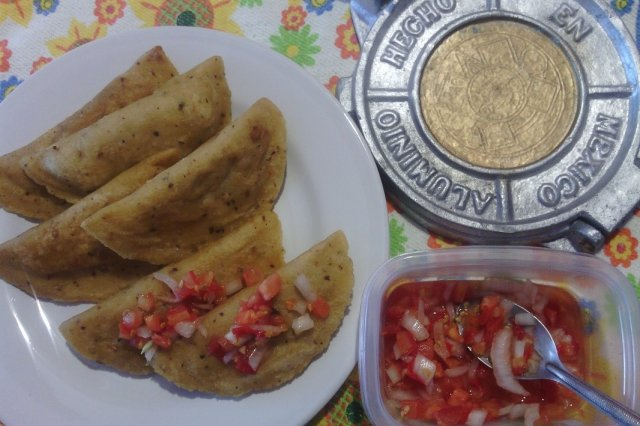 Ground Beef Empanadas with Pico de Gallo