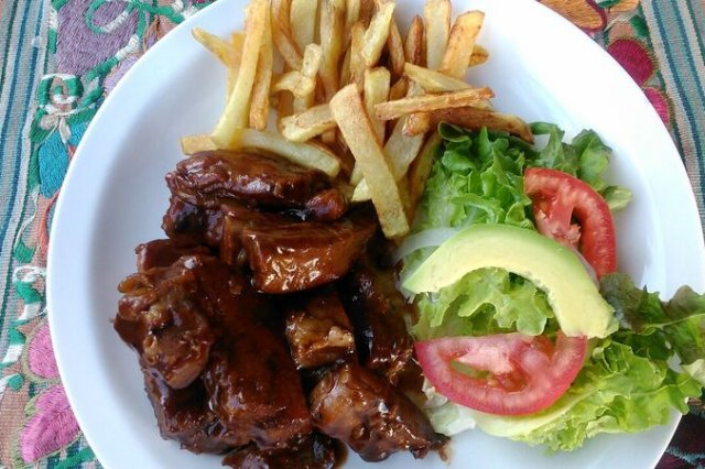 Huesitos en Salsa BBQ