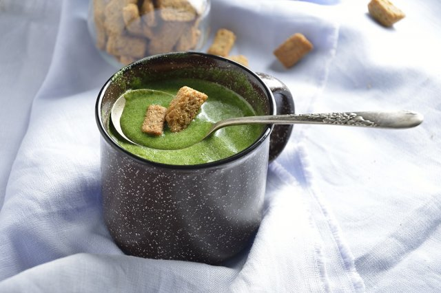 Spinach Cream with Chicken Broth