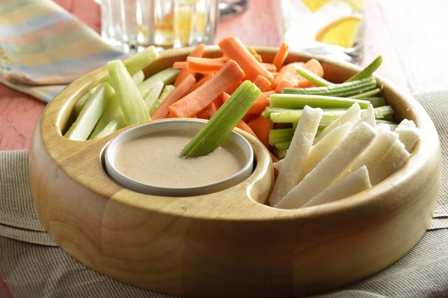Crudités with Chipotle Dressing