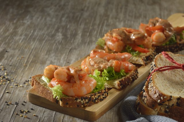 Shrimp Sandwich with Mayonnaise Chipotle