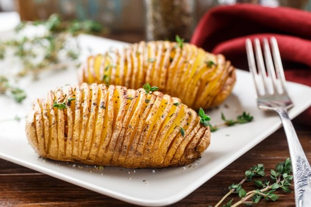 Roasted potato with Garlic and Parsley