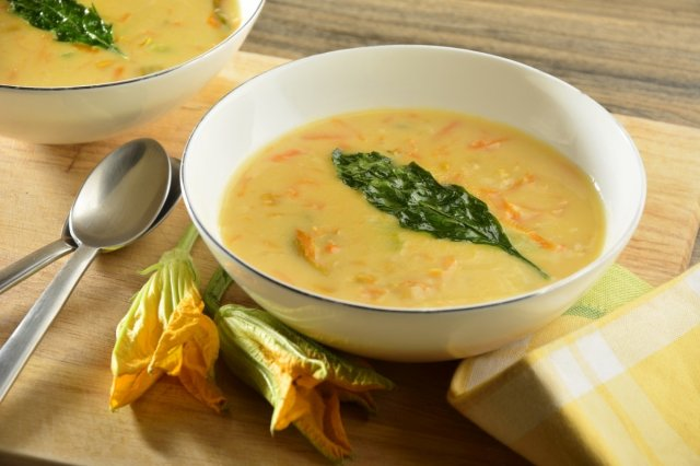 Cream of Corn with Sautéed Pumpkin and Carrot Flower