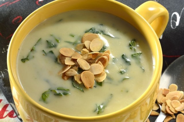 Cream of Poblano Chili with Spinach and Toasted Almond