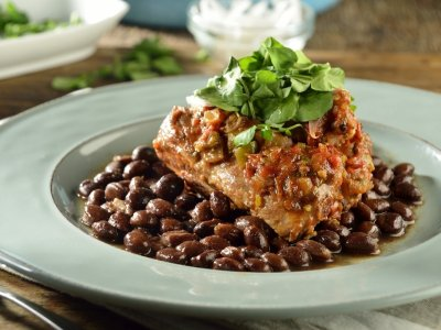 Pork Ribs with Verdolagas and Beans