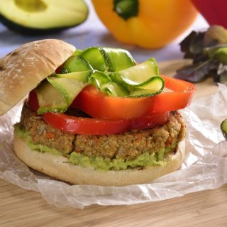 Quinoa and Vegetables Burger