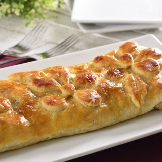 Apple and Nut Strudel