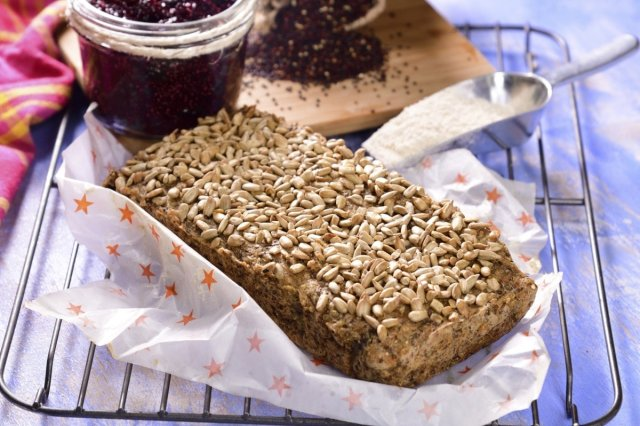 Bread of Quinoa and Chia without Gluten