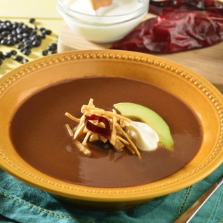 Tarasca soup with avocado