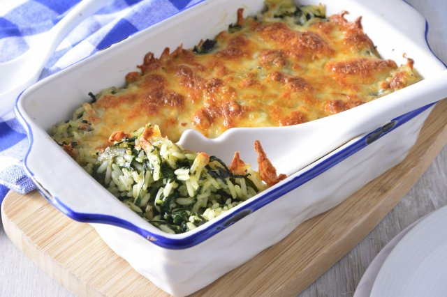 Baked Rice with Spinach and Gouda Cheese